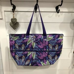 NWT Vera Bradley expandable travel bag